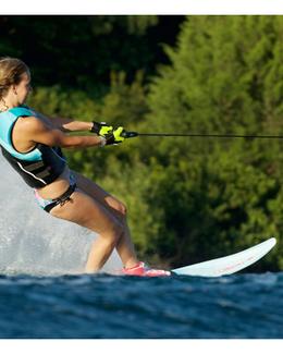 Connelly Womens Aspect Slalom Waterski 2017 Action
