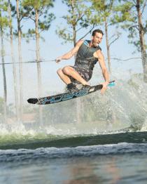 HO EVO Mens Slalom Water Ski 2019 Action 1
