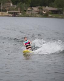 HO Sports Electron Kneeboard 2019 Action 2