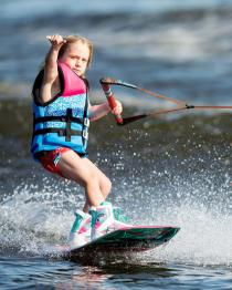 Ronix August Kids Girls Wakeboard 2019 Action 1